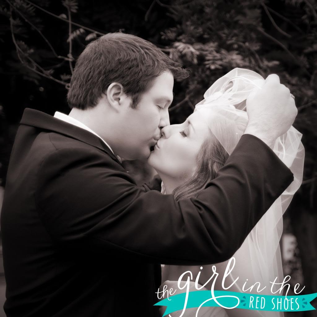 photo WeddingPhotos229copy.jpg